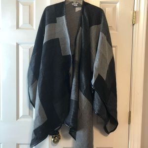 NWT Oversized black and gray cape
